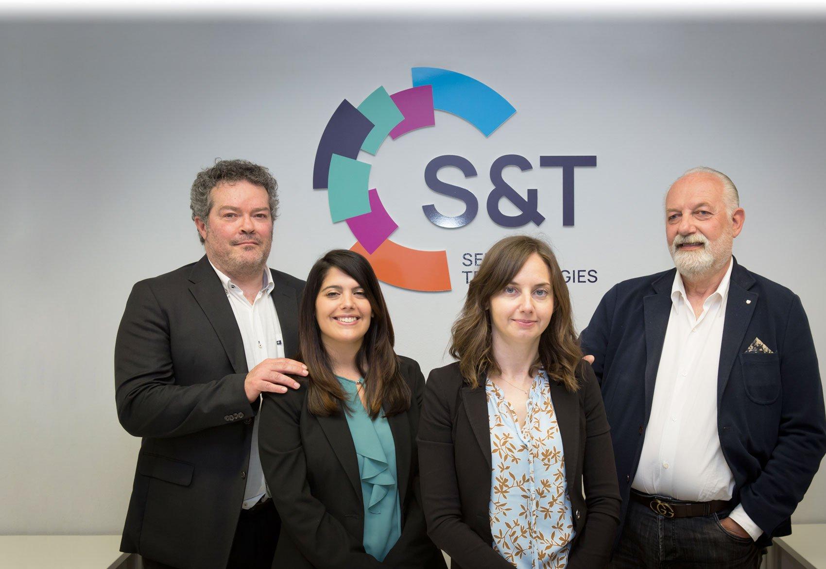 https://st-srl.eu/wp-content/uploads/2021/07/ST-Service-Technologies-SRL-Team.jpg